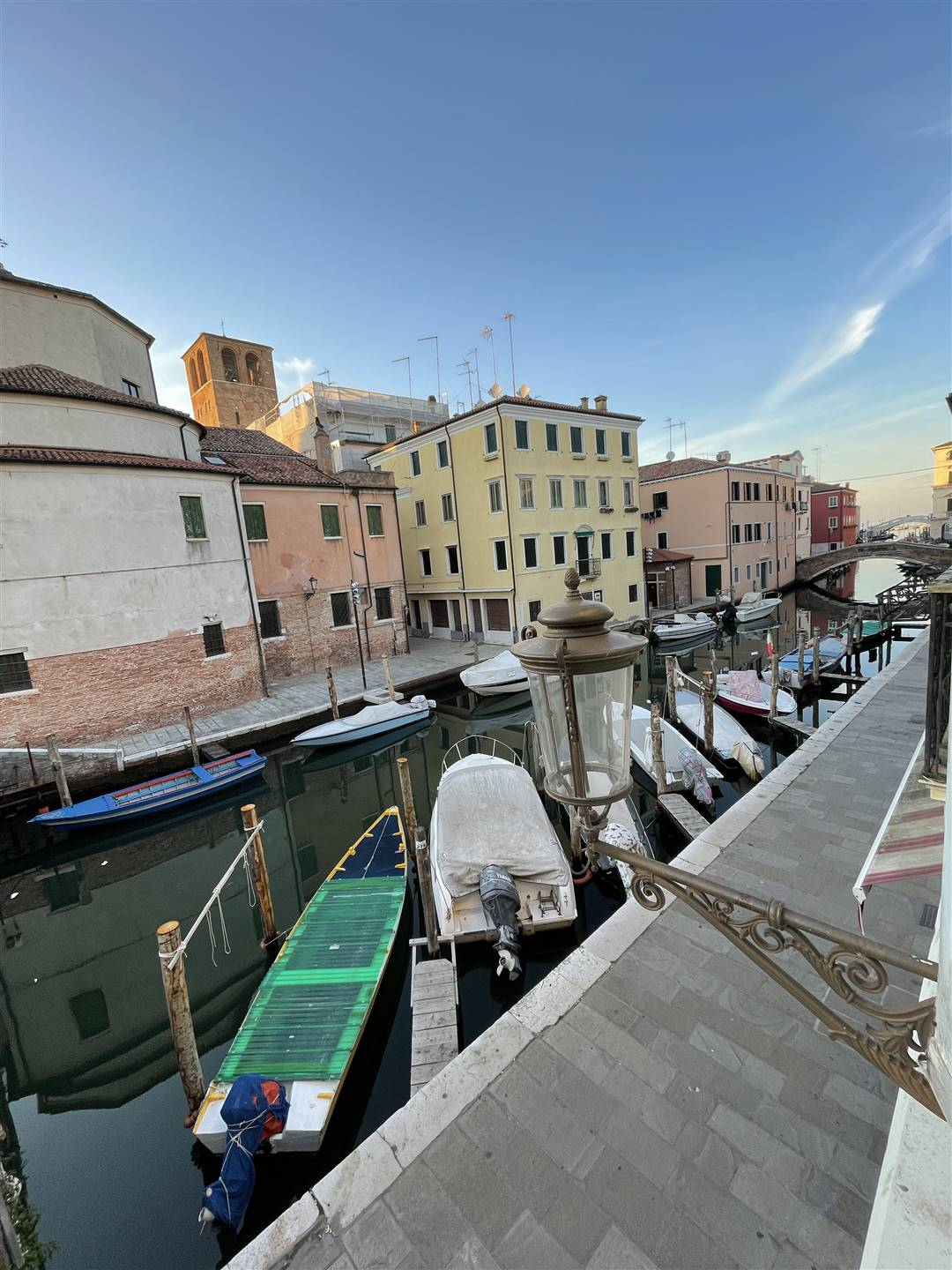 CHIOGGIA CENTRO, CHIOGGIA, Apartment for sale, Be restored, Heating Individual heating system, Energetic class: G, placed at 1° on 3, composed by: 5