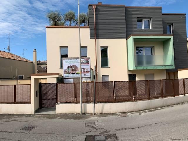 Appartamento in vendita a Crema, 5 locali, zona Località: CENTRO ESTERNO MURA, prezzo € 420.000 | PortaleAgenzieImmobiliari.it