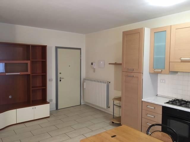 Appartamento in affitto a Crema, 2 locali, zona Località: PORTA TADINI, prezzo € 480 | CambioCasa.it