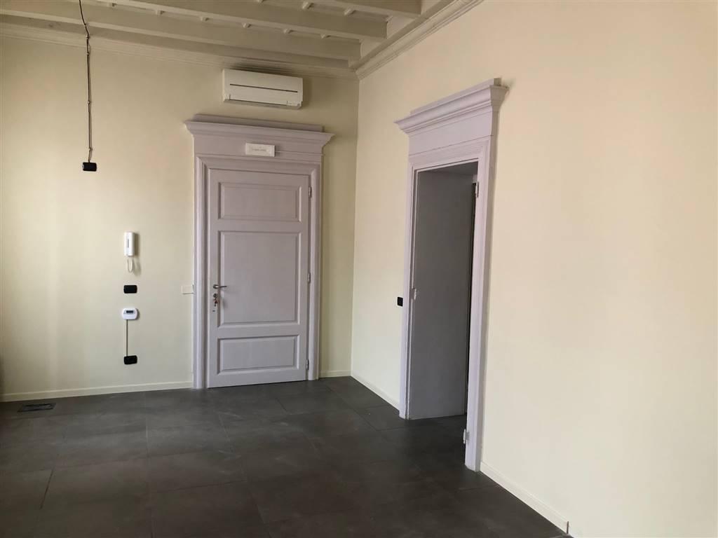 Ufficio / Studio in affitto a Crema, 4 locali, zona Località: CENTRO, prezzo € 1.160 | PortaleAgenzieImmobiliari.it