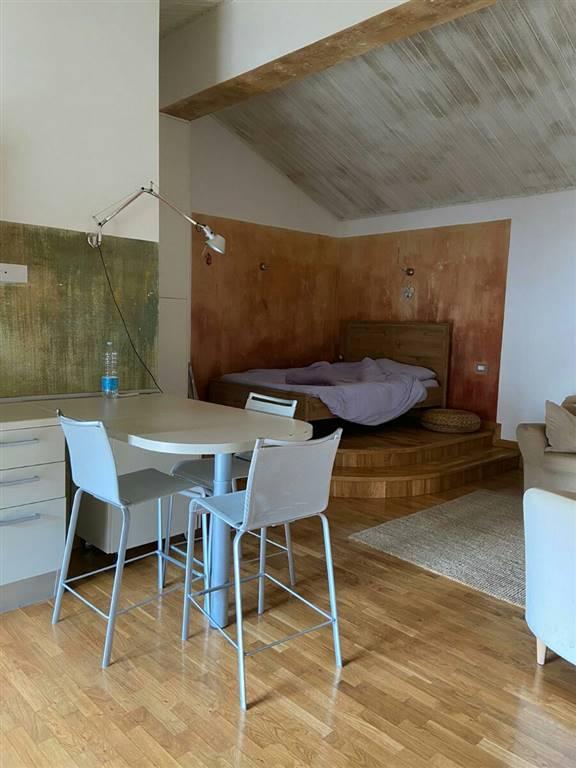 Appartamento in affitto a Crema, 1 locali, zona Località: CENTRO, prezzo € 400 | CambioCasa.it