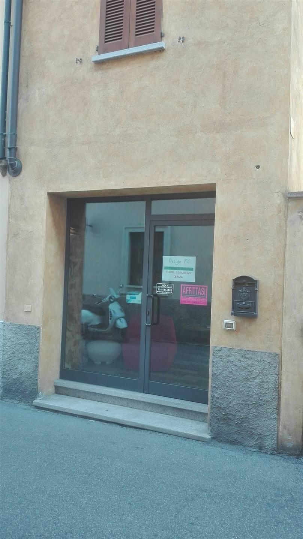 Negozio / Locale in affitto a Crema, 2 locali, zona Località: CENTRO, prezzo € 1.100 | PortaleAgenzieImmobiliari.it