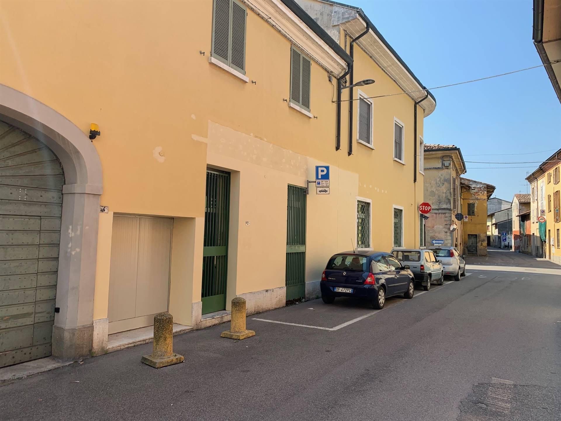 Appartamento in vendita a Trescore Cremasco, 7 locali, prezzo € 89.000 | CambioCasa.it