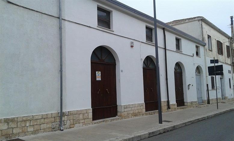 Attività / Licenza in affitto a Policoro, 1 locali, prezzo € 2.350 | CambioCasa.it