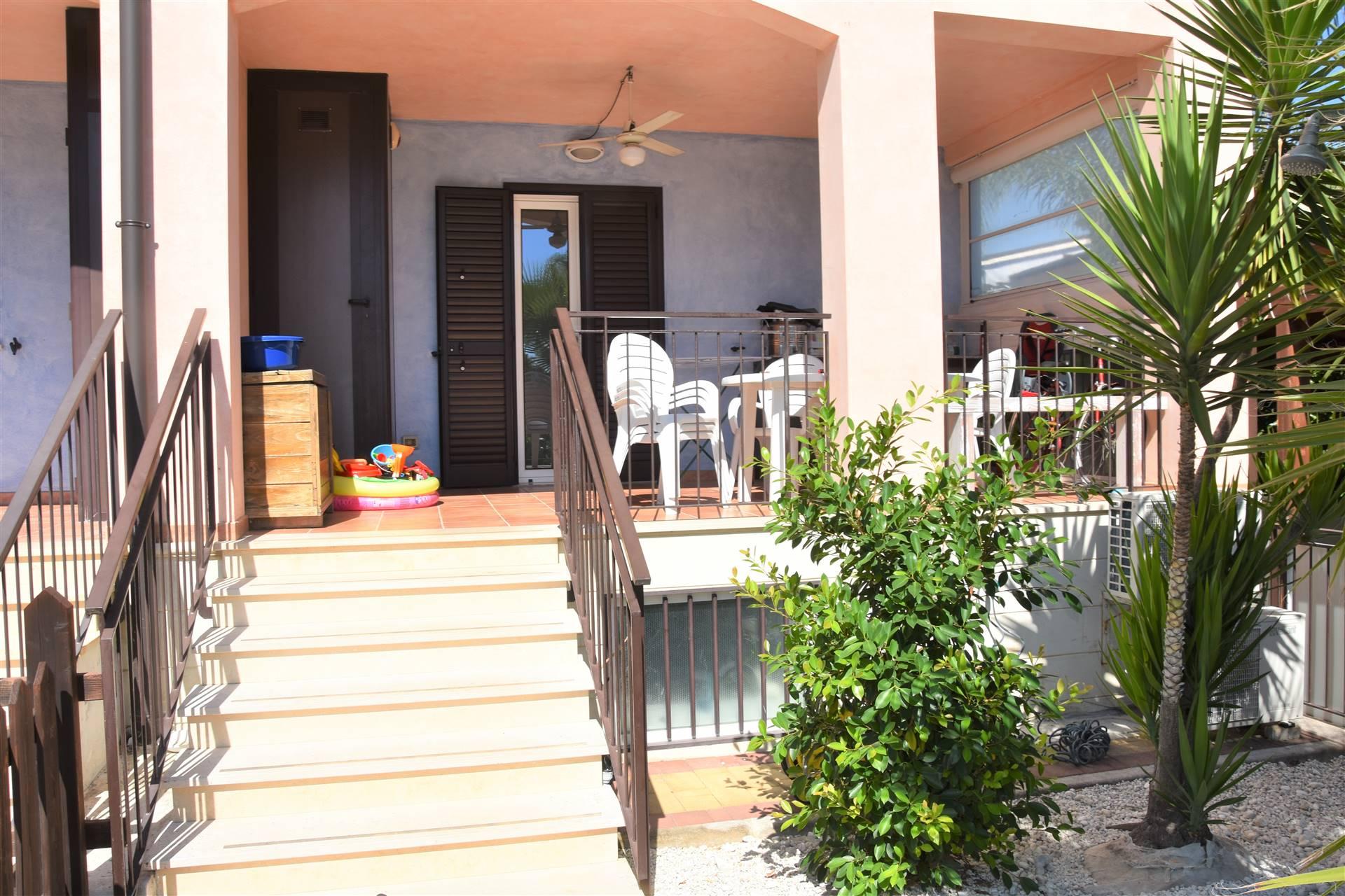Appartamento in vendita a Policoro, 4 locali, zona Località: LIDO DI POLICORO, prezzo € 129.000 | CambioCasa.it