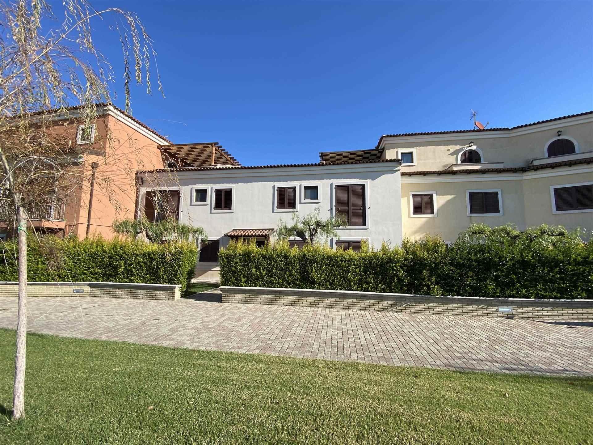 Appartamento in vendita a Policoro, 5 locali, zona Località: LIDO DI POLICORO, prezzo € 172.000   PortaleAgenzieImmobiliari.it