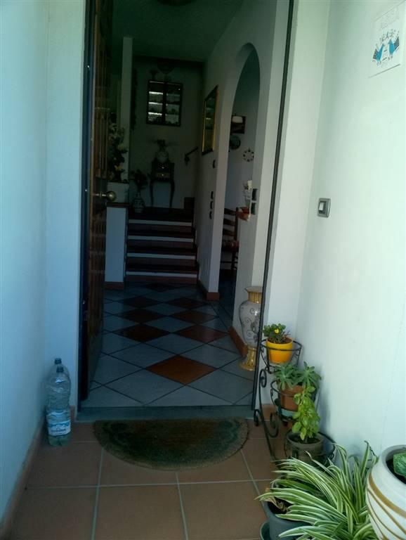 Villa a schiera, San Donnino, Campi Bisenzio, seminuova
