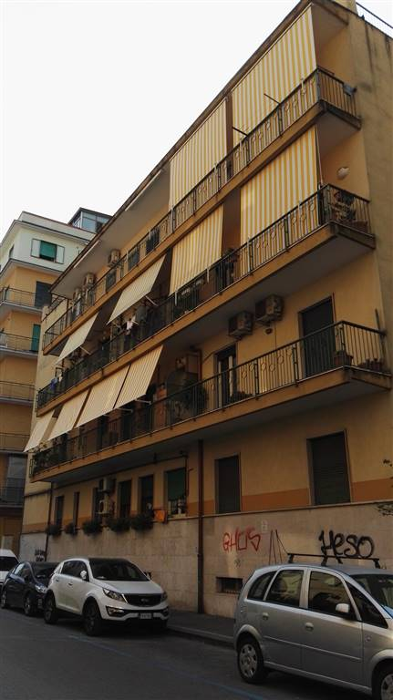 Trilocale in Via Renato De Martino 17, Carmine, Salerno