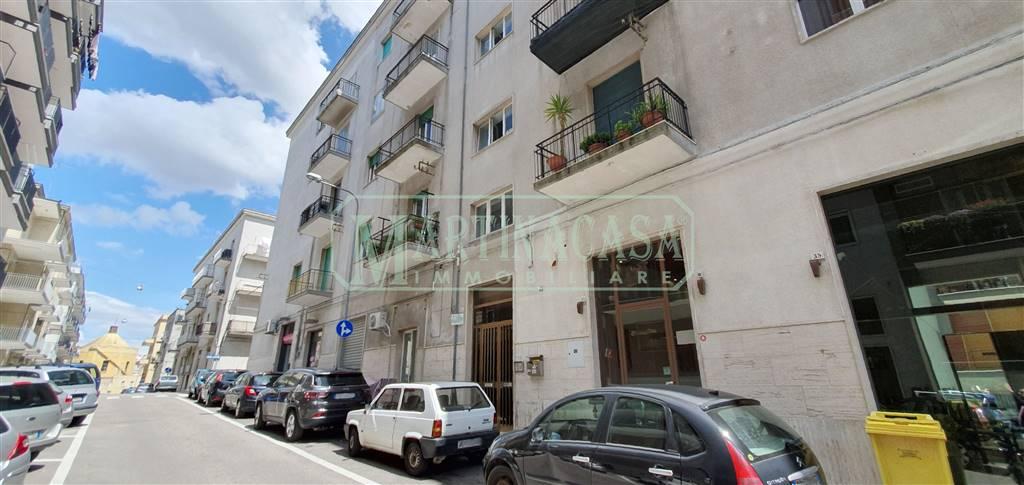 Appartamento in vendita a Martina Franca, 3 locali, zona Località: FABBRICA ROSSA, prezzo € 90.000 | CambioCasa.it