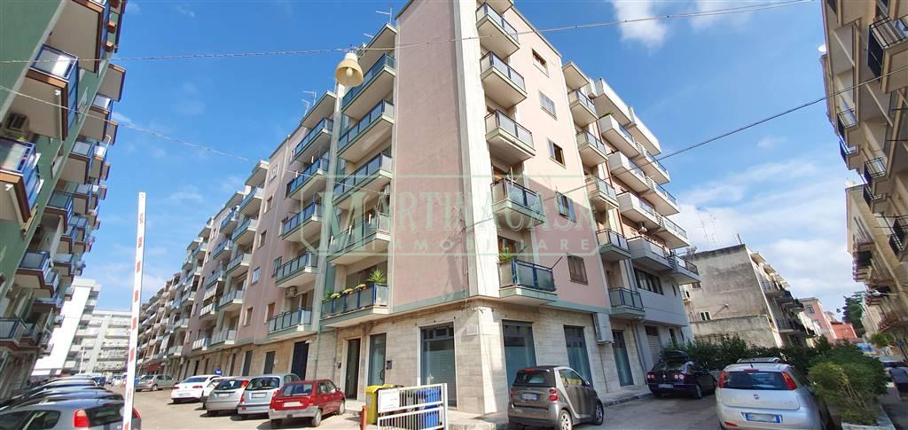 Appartamento in vendita a Martina Franca, 3 locali, zona Località: FABBRICA ROSSA, prezzo € 155.000 | CambioCasa.it