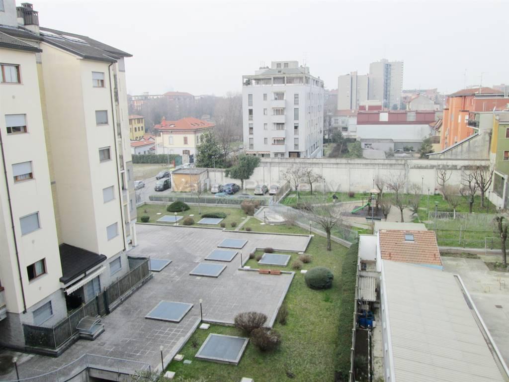Appartamento in vendita a Milano, 2 locali, zona Località: PRECOTTO, prezzo € 100.000 | CambioCasa.it