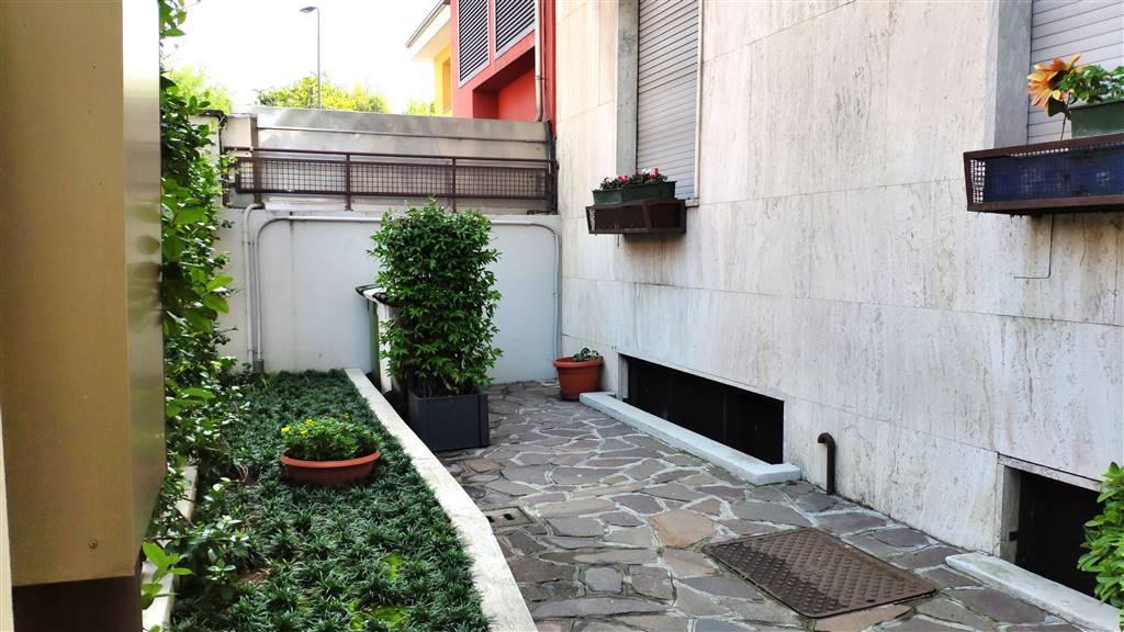 Giardino condominiale - Rif. LR-MONZA-01