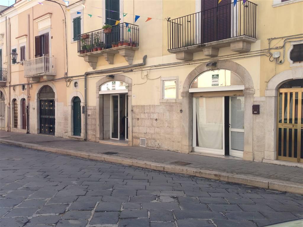 Locale commerciale in Via Annunziata 44-46, Andria