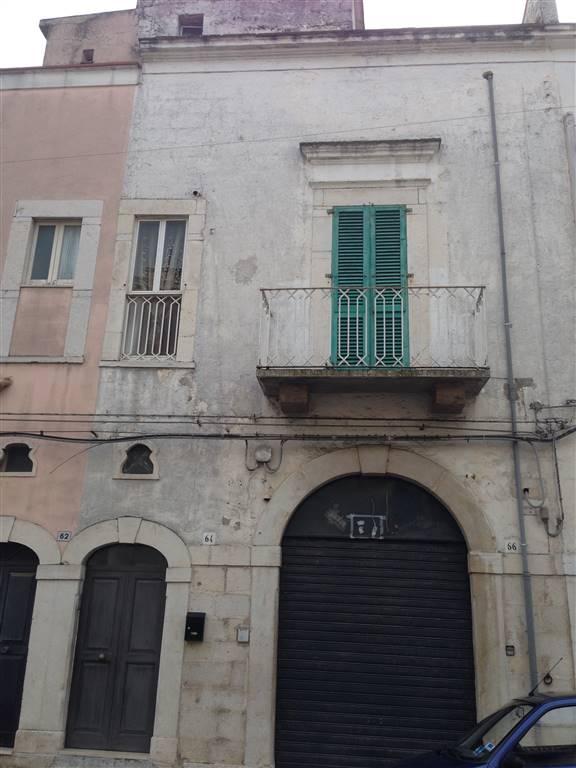 Locale commerciale in Via Annunziata 66, Andria