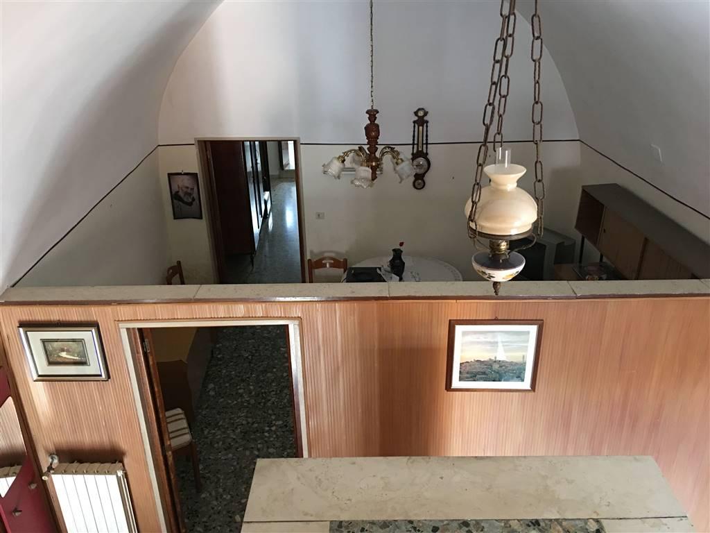 Casa singola in Via Portanuova 105, Andria