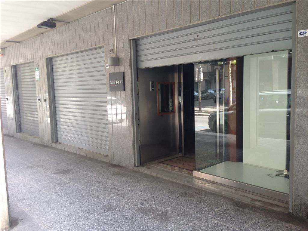 immobile commerciale andria vendita 225.000 70 mq riscaldamento