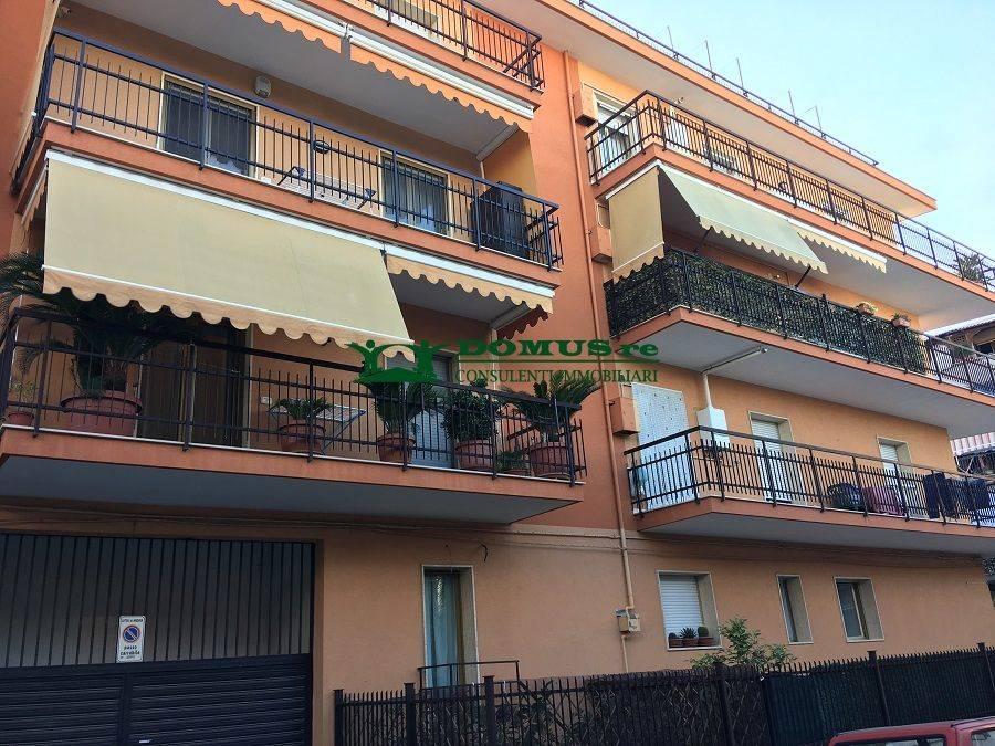 Trilocale in Via La Specchia, Andria
