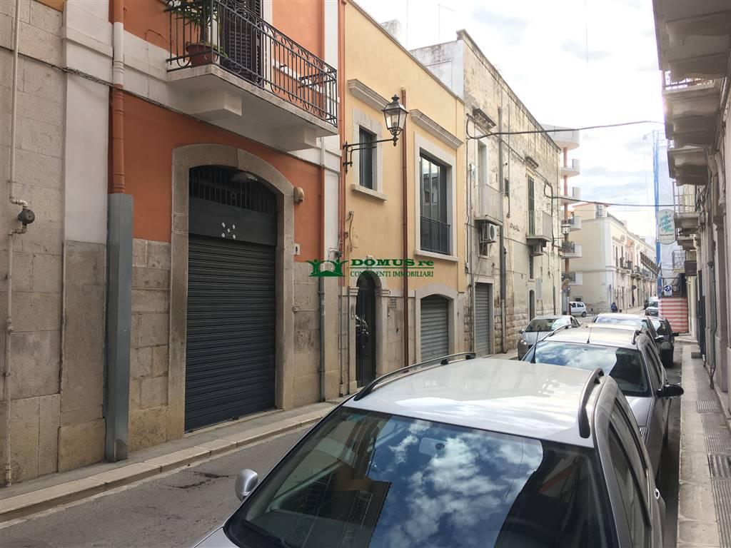 Locale commerciale in Via Garibaldi 9, Andria