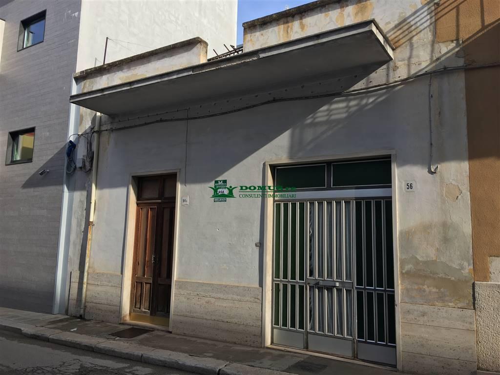Casa singola in Via Muratori 56, Andria
