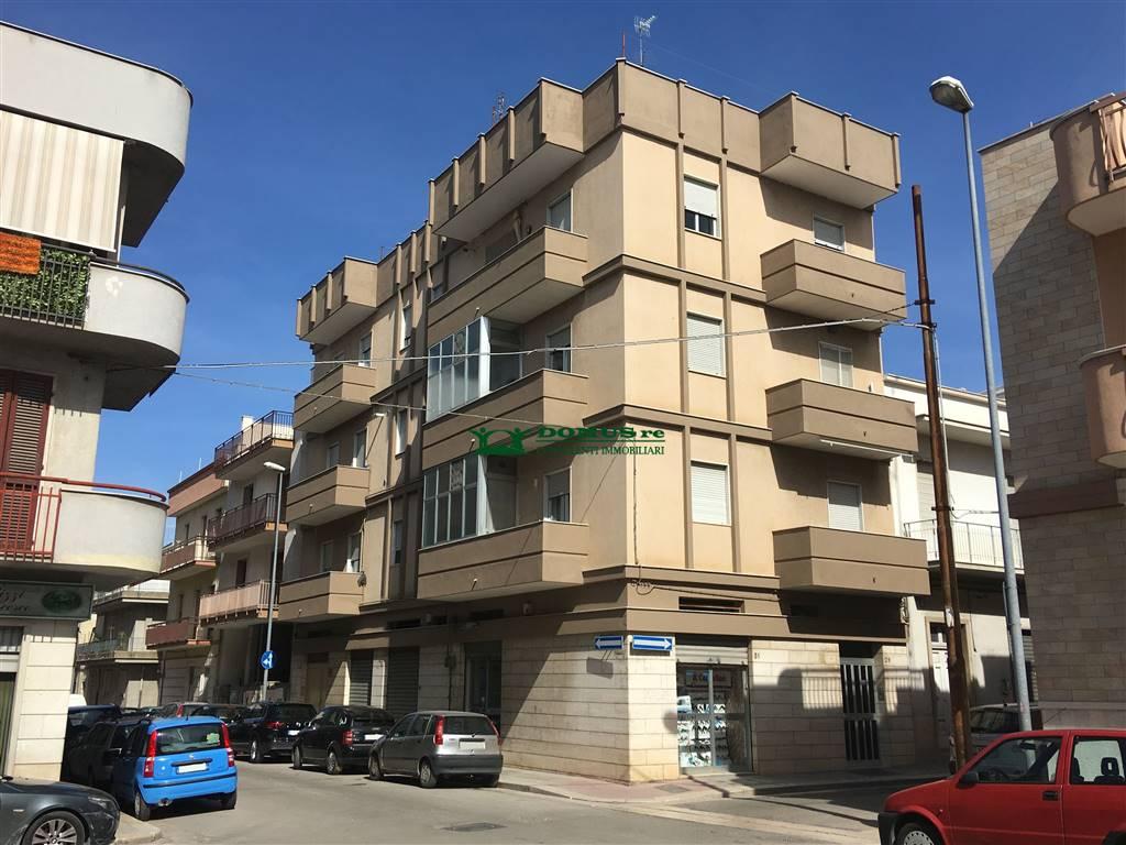 Appartamento in Via Montello, Andria