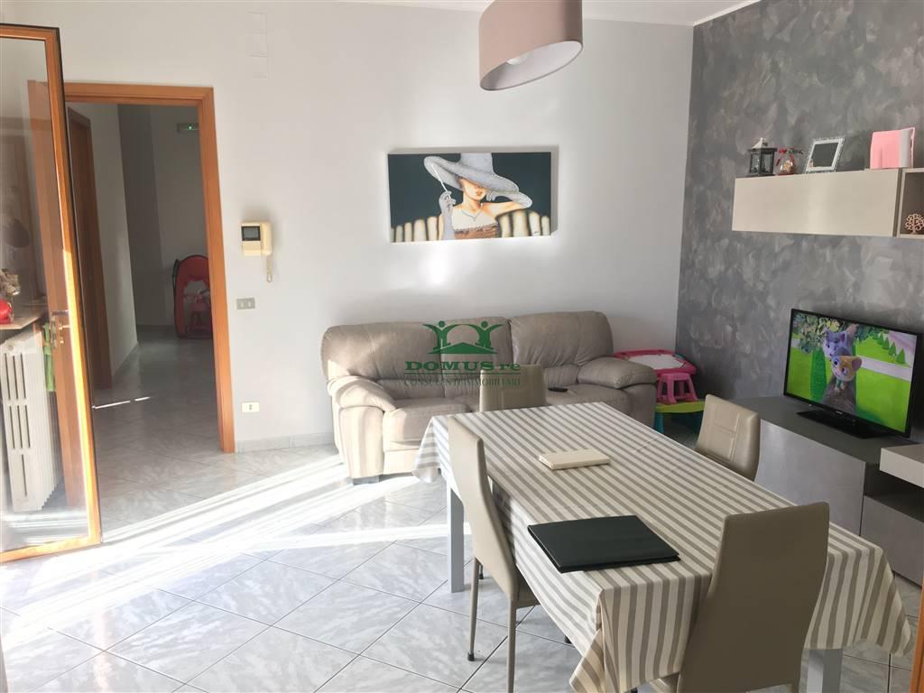 Appartamento in vendita a Andria, 3 locali, zona Località: SEMICENTRO, prezzo € 85.000 | CambioCasa.it