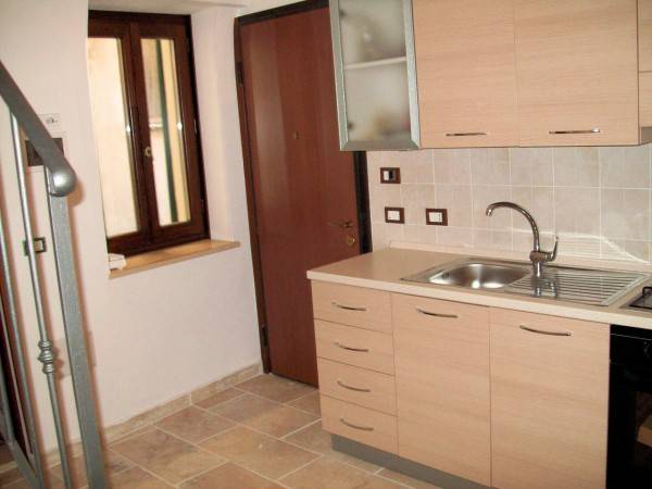 DOLCEACQUA, Apartment for sale of 70 Sq. mt., Restored, Heating Individual heating system, Energetic class: G, Epi: 175 kwh/m2 year, composed by: 3