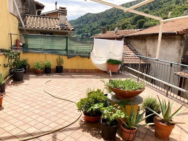 Appartamento in vendita a Vallecrosia, 4 locali, zona ecrosia Alta, prezzo € 179.000 | PortaleAgenzieImmobiliari.it