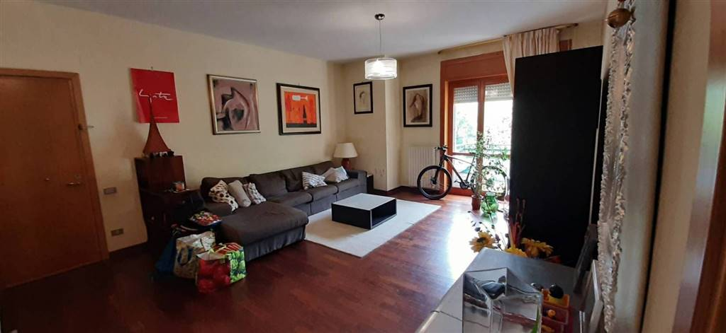 COLOGNA, PELLEZZANO, Apartment for sale of 115 Sq. mt., Good condition, Heating Individual heating system, Energetic class: G, placed at 2°, composed