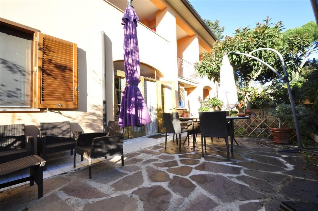 Appartamento in vendita a Suvereto, 3 locali, prezzo € 160.000 | CambioCasa.it