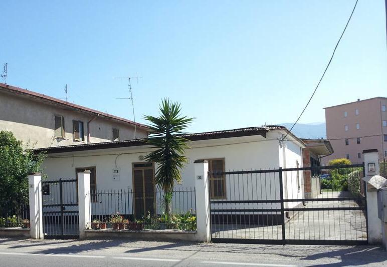 Casa singola, Latina Scalo, Latina, ristrutturata