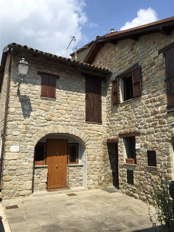 Appartamento in vendita a Castel di Casio, 4 locali, Trattative riservate | CambioCasa.it