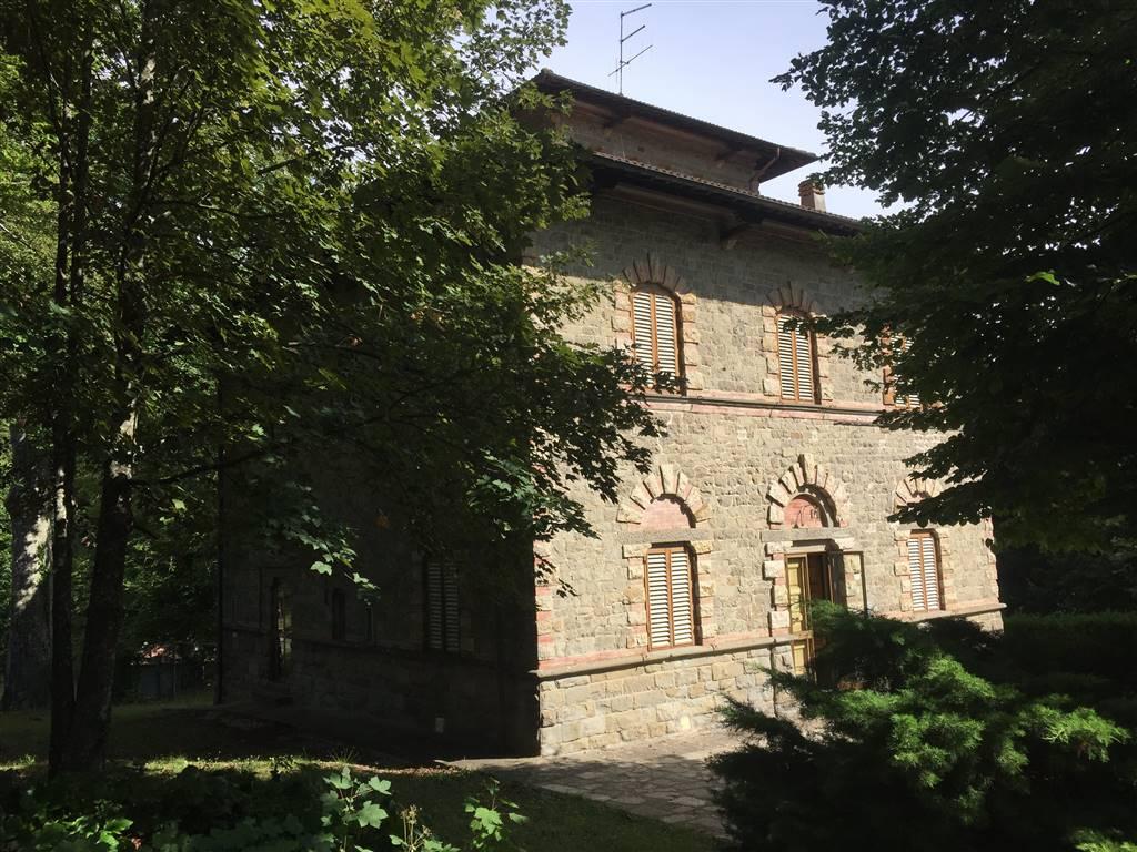 Villa in vendita a Vernio, 25 locali, zona Zona: Montepiano, Trattative riservate | CambioCasa.it