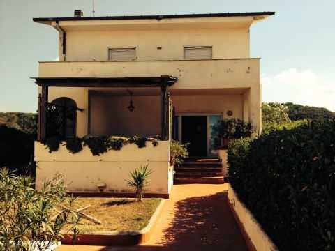 Appartamento in Lungomare Delle Sterlizie Snc, Anzio