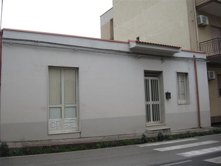 Soluzione Indipendente in vendita a Torrenova, 5 locali, prezzo € 80.000 | CambioCasa.it