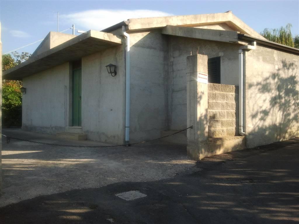 Soluzione Indipendente in vendita a Torrenova, 4 locali, zona Località: TORRENOVA, prezzo € 170.000 | CambioCasa.it