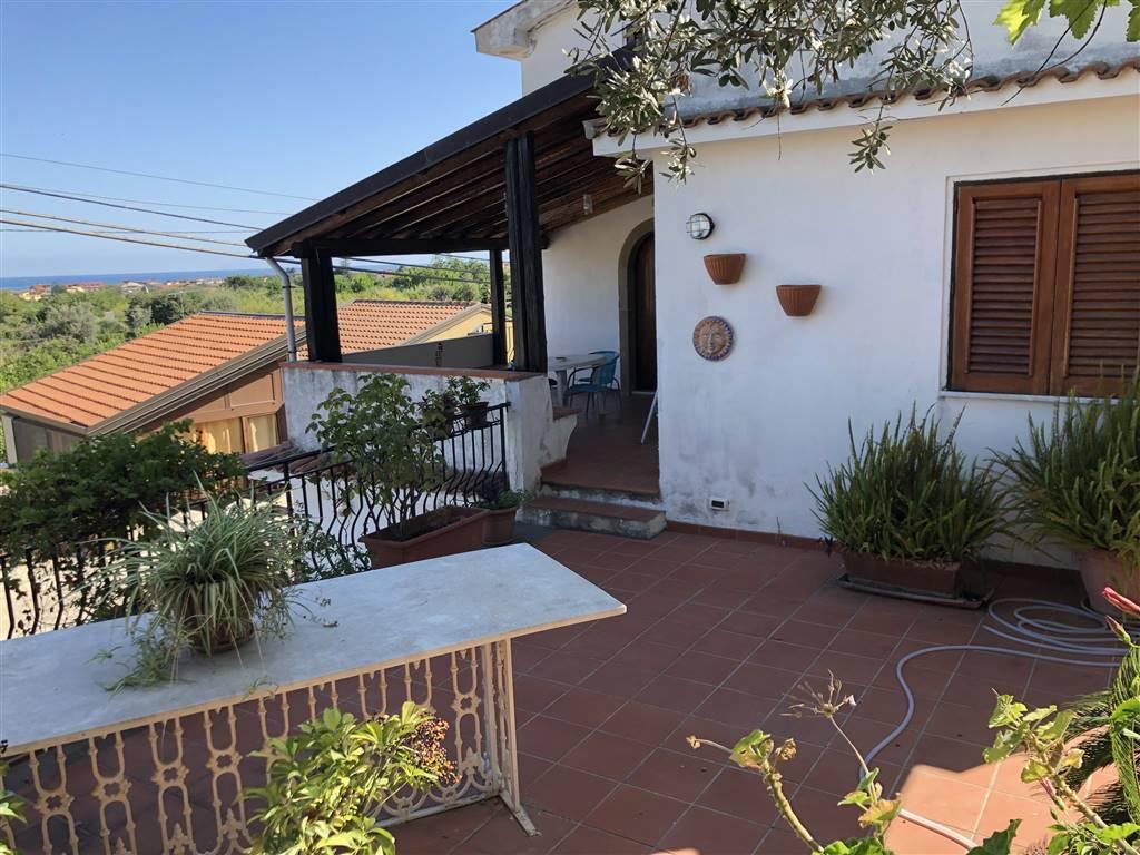 Soluzione Indipendente in vendita a Torrenova, 10 locali, zona Località: TORRENOVA, prezzo € 180.000 | CambioCasa.it