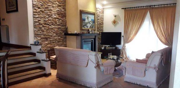 Villa in vendita a Torrenova, 10 locali, zona Località: TORRENOVA, prezzo € 495.000 | CambioCasa.it