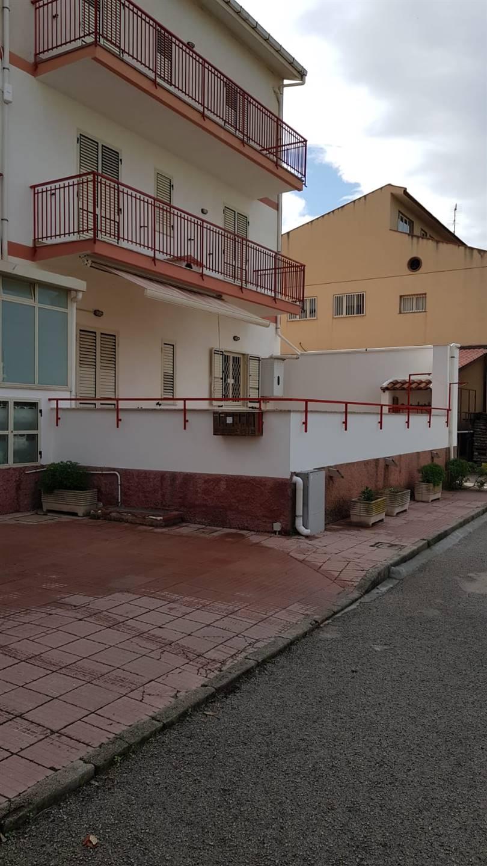Appartamento in vendita a Torrenova, 4 locali, prezzo € 89.000 | CambioCasa.it