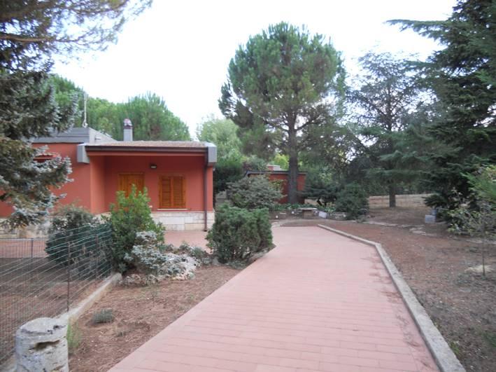 Villa a schiera in Via Delle Magnolie 63/c, Cassano Delle Murge