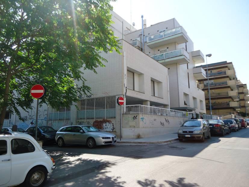 Ufficio in Via Colaianni  2, Bari