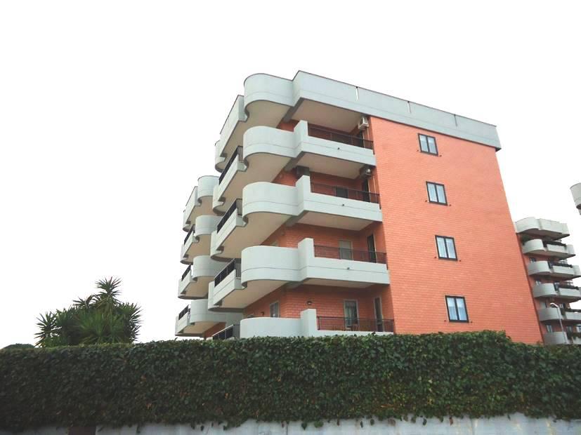 Monolocale in Via Gentile  69, Japigia, Bari