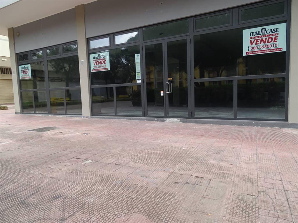 Negozio in Corso Alcide De Gasperi 381/5 - 7 - 9, Carrassi, Bari