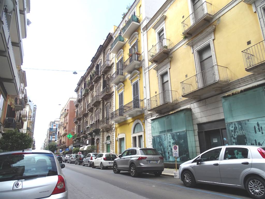 Trilocale in Via Manzoni 41, Libertà, Bari