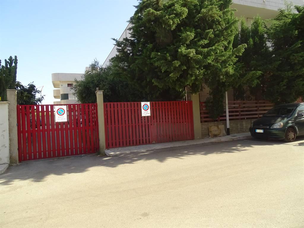 Garage / Posto auto in Via Saragat 36, Bitritto