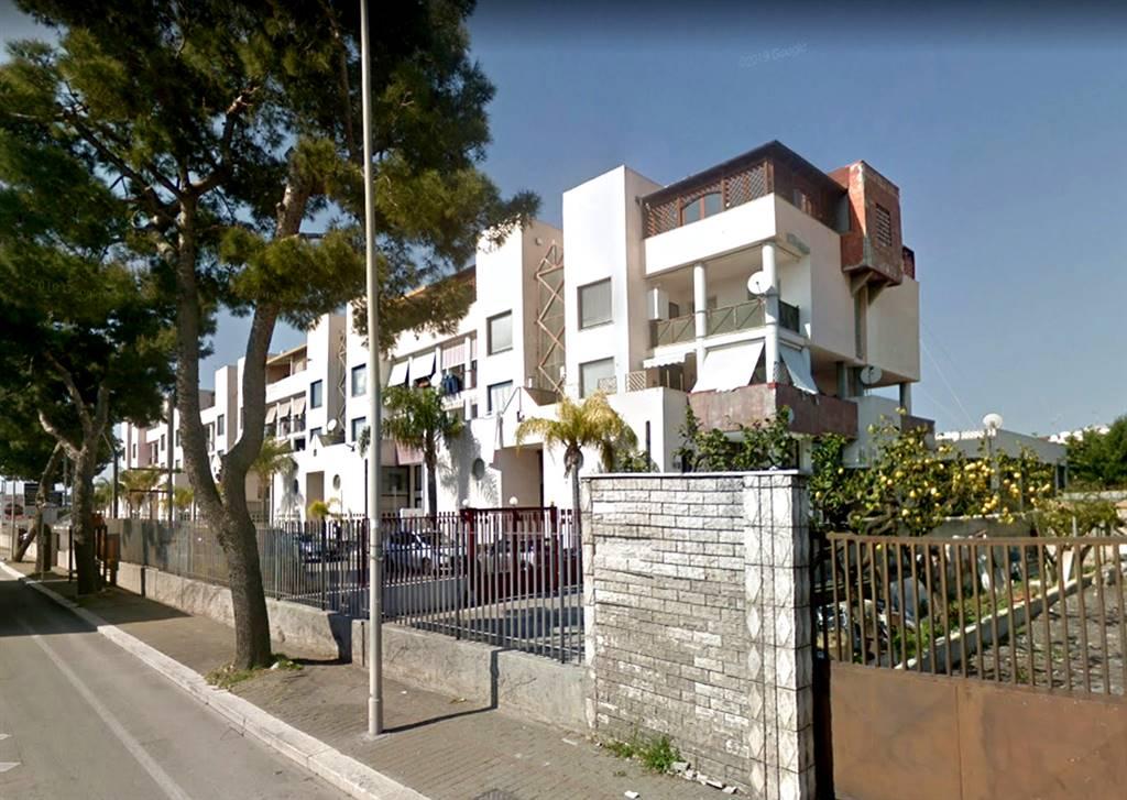 Quadrilocale in Via Napoli 363/b, S. Girolamo - Fesca, Bari