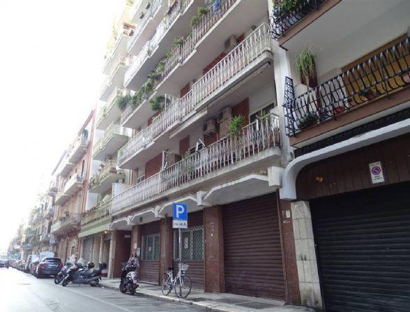 Ufficio in Via Calefati 249, Libertà, Bari