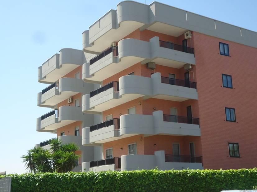 Quadrilocale in Via Gentilie  69, Japigia, Bari