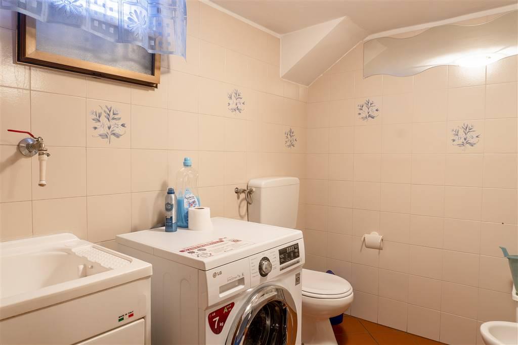 Bagno / lavanderia piano interrato