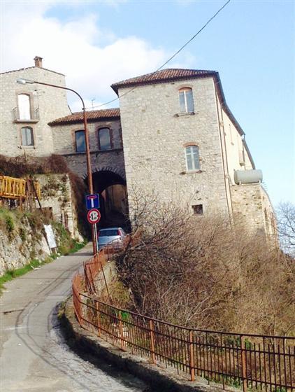 Soluzione Semindipendente in vendita a Buccino, 5 locali, prezzo € 59.000 | CambioCasa.it