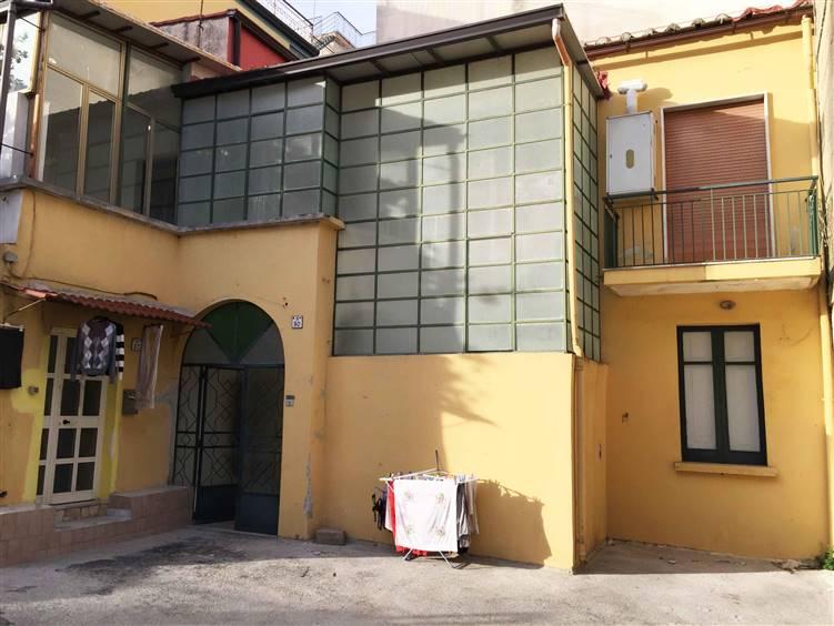 Soluzione Semindipendente in vendita a Mercato San Severino, 4 locali, prezzo € 95.000   CambioCasa.it